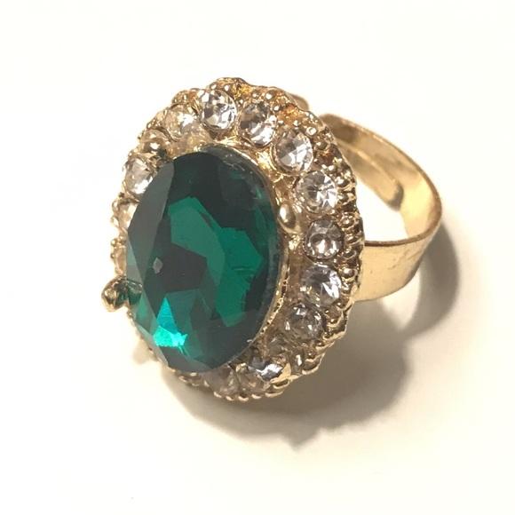 Jewelry - Fashion Ring Emerald Stone Gold Adjustable 7+